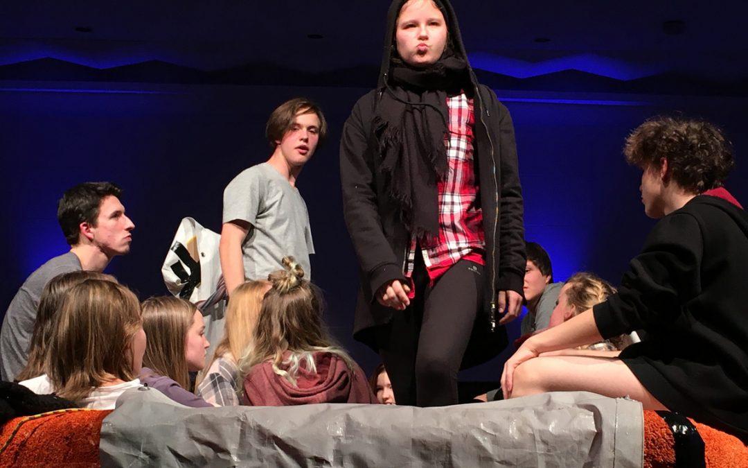 """Stagefreaks in """"13 Leben"""" auf der Bühne"""